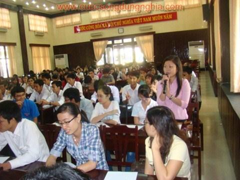 526a2a450318a-cuoc-song-dung-nghia-tran-dinh-tuan-dai-hoc-vung-tau-3.jpg