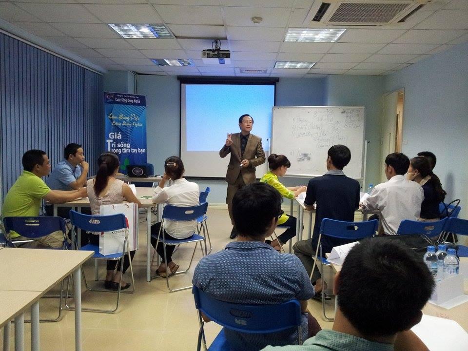 53fa9a698d4ce 10637864 440888786050119 1747767005 n Đào tạo Kỹ năng Giao tiếp và Trình bày thuyết phục tại Hà Nội