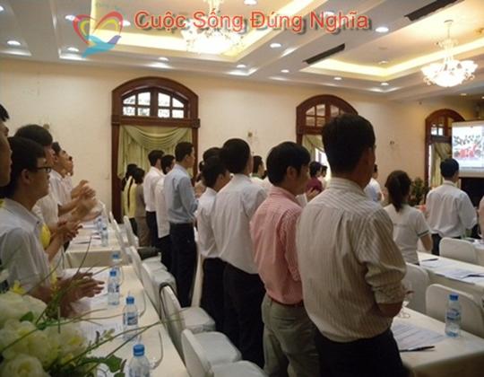 ky nang dien gia tran dinh tuan may tinh hp 13 Đào Tạo Kỹ Năng Cho Nhân Viên Công Ty HP Việt Nam