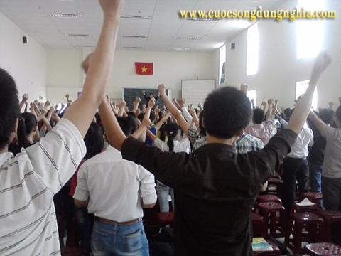 dien gia chuyen gia dao tao tran dinh tuan dai hoc ton duc thang 3 Đào Tạo Sinh ViênTrường Đại Học Tôn Đức Thắng