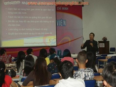 phoca thumb l DSC04991 Đào Tạo Đại Học Kinh Tế – Tài Chính HCM