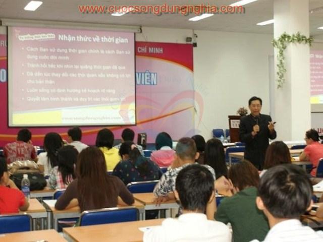 phoca thumb l DSC04994 Đào Tạo Đại Học Kinh Tế – Tài Chính HCM