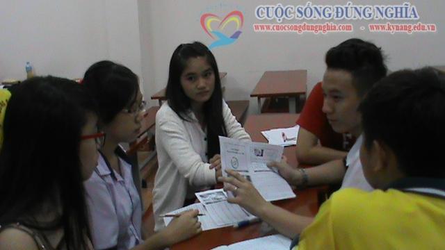 tran dinh tuan dao tao dh tai chinh marketing 2 Đào tạo Kỹ năng giao tiếp Trường ĐH Tài Chính Marketing