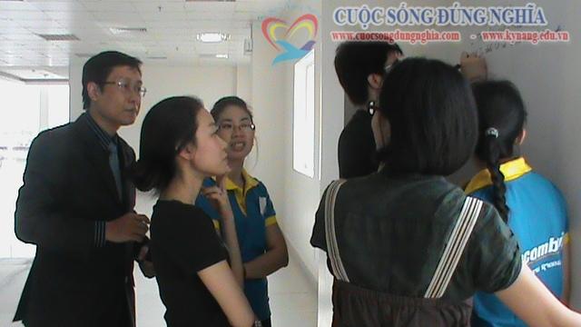 dao tao ky nang ban hang sacombank 22 Đào tạo Kỹ năng bán hàng cho Sacombank Chi nhánh Lào