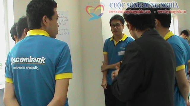 dao tao ky nang ban hang sacombank 23 Đào tạo Kỹ năng bán hàng cho Sacombank Chi nhánh Lào