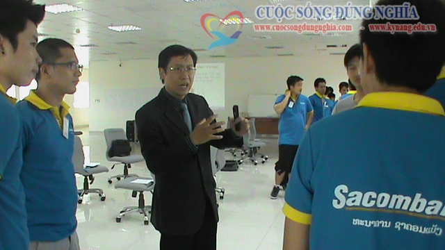 dao tao ky nang ban hang sacombank 3 Đào tạo Kỹ năng bán hàng cho Sacombank Chi nhánh Lào