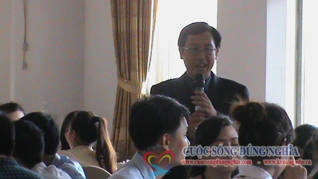 dao tao ky nang bang hang viettel 3 Đào Tạo Truyền Lửa Yêu Nghề Cho Giao Dịch Viên Viettel