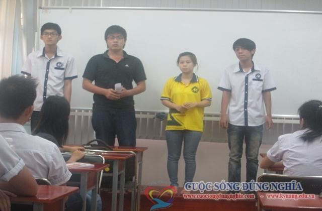 daotao ky nang thuyet trinh 12 Đào Tạo Kỹ Năng Thuyết Trình Cho ĐH Marketing