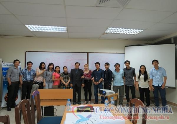 Đào Tạo Kỹ Năng Giao Tiếp Ứng Xử Ngày 28-06-2013