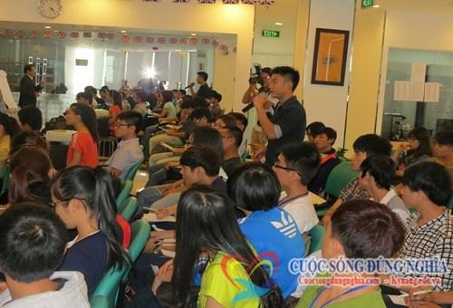IMG 0999 Chương Trình Tự Khẳng Định Bản Thân tại trường ĐH FPT