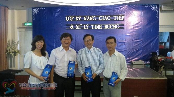 IMG 5741 Đào tạo kỹ năng giao tiếp và xử lí tình huống tại Công ty Nụ Cười Vui