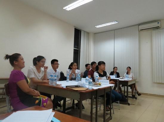 Khóa đào tạo kèm cặp : Kỹ Năng Giao Tiếp Và Thuyết Trình cho học viên khu vực phía Nam