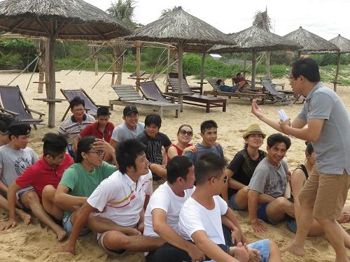 """Chương trình đào tạo """"Kỹ Năng Giao Tiếp và Nâng Cao Sức Mạnh Đội Ngũ"""" cho công ty Cỏ May Phú Quốc"""