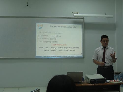 IMG 0094 Chương trình Đào Tạo Kỹ năng Giao tiếp và trình bày thuyết phục tại TPHCM