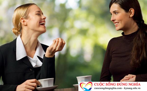 giao tiep voi khach hang Những kỹ năng giao tiếp với khách hàng trong kinh doanh cần biết để thành công