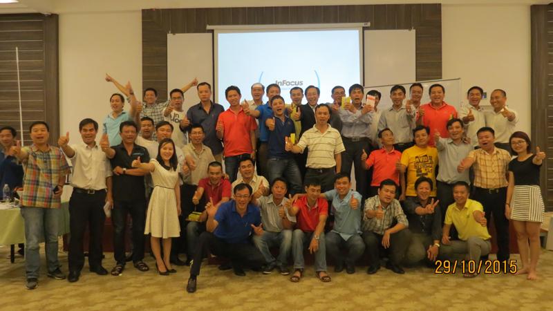 bia sai gong ben tre 10 Đào tạo Kỹ năng quản lý bán hàng cho giám sát khu vực Miền Tây và TP.HCM