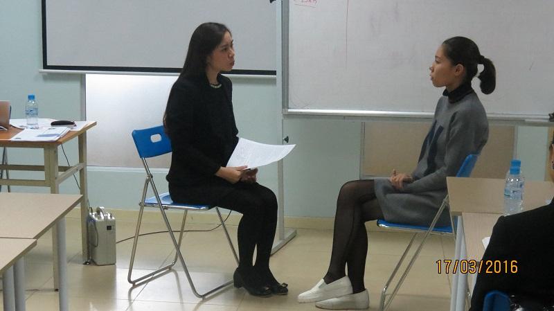 dao tao phuc vu khach hang cho junhee 11 Thẩm mỹ Junhee nâng cao kỹ năng tiếp cận khách hàng