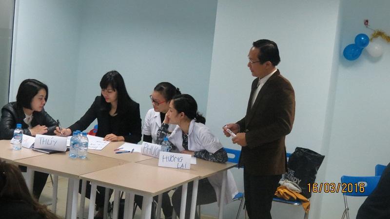 dao tao phuc vu khach hang cho junhee 2 Thẩm mỹ Junhee nâng cao kỹ năng tiếp cận khách hàng