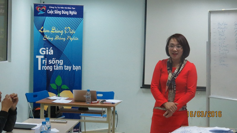 dao tao public ky nang giao tiep thang 03 tai ha noi 10 Khóa thương thuyết hiệu quả tại Hà Nội