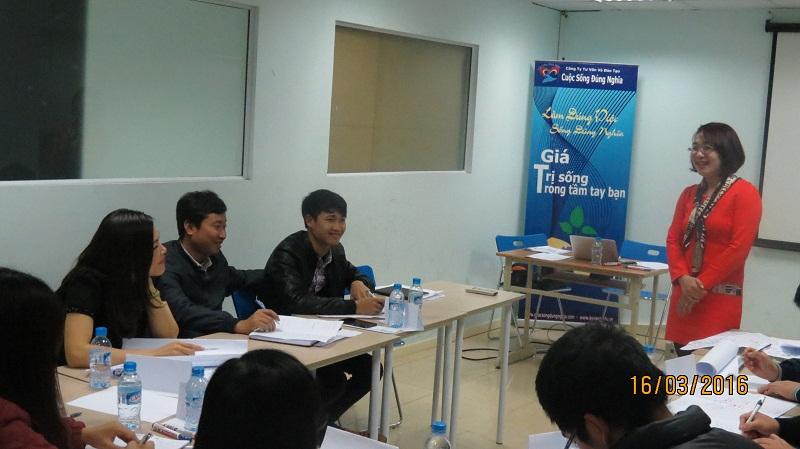 dao tao public ky nang giao tiep thang 03 tai ha noi 11 Khóa thương thuyết hiệu quả tại Hà Nội