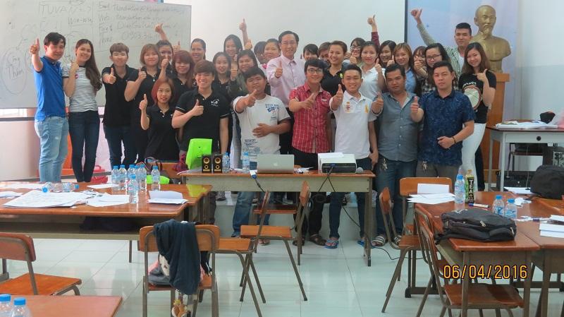 Đào Tạo Kỹ năng bán hàng và chăm sóc khách hàng chuyên nghiệp Cho Công Ty Hồng An và Mỹ Phẩm Hàn Quốc