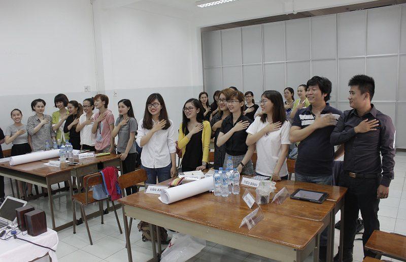 dao tao ban hang cho cocmesty 2 800x516 Đào Tạo Bán Hàng Cho Công Ty Nuty Cosmetics