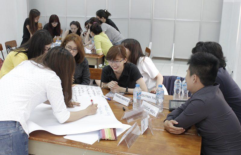 dao tao ban hang cho cocmesty 5 800x516 Đào Tạo Bán Hàng Cho Công Ty Nuty Cosmetics