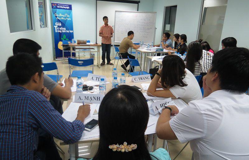 khoa hoc giao tiep ung xu va thuyet trinh ha noi 30 05 15 7 800x516 Khóa học Giao tiếp và Thuyết trình tại Hà Nội ngày 30 05 2016