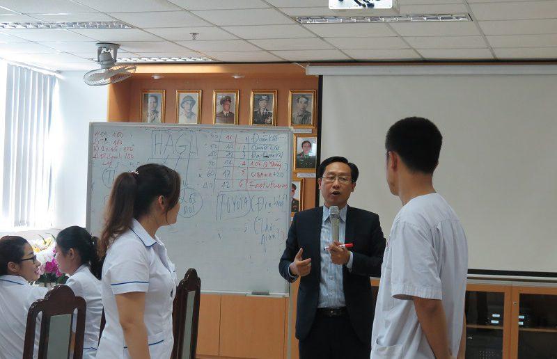 dao tao dieu duong benh vien 108 lop2  800x516 Đào tạo cho Điều Dưỡng Bệnh Viện Trung Ương Quân Đội 108 lần 2 lớp 02