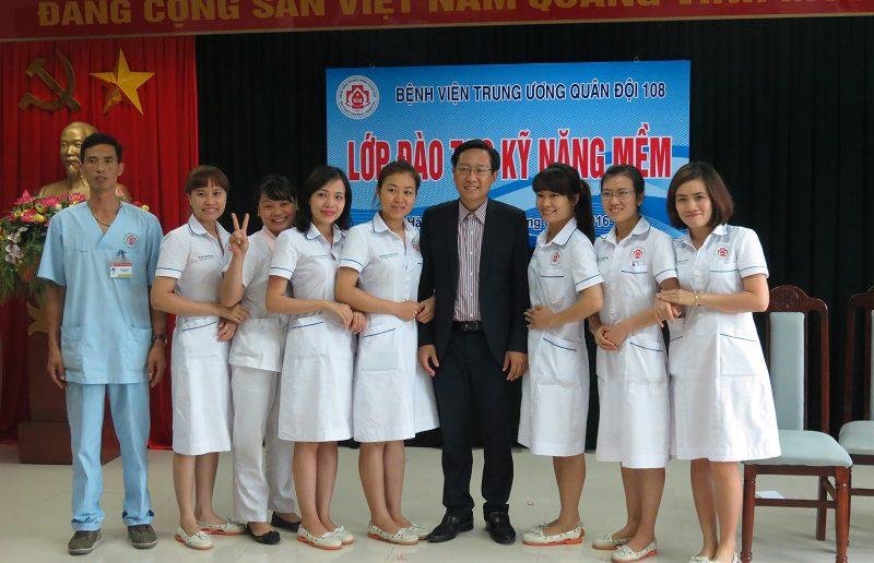 dao tao dieu duong benh vien 108 lop2 11 800x516 Đào tạo cho Điều Dưỡng Bệnh Viện Trung Ương Quân Đội 108 lần 2 lớp 02