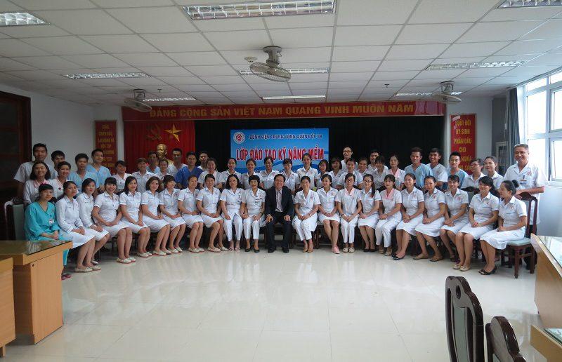 dao tao dieu duong benh vien 108 lop2 13 800x516 Đào tạo cho Điều Dưỡng Bệnh Viện Trung Ương Quân Đội 108 lần 2 lớp 02