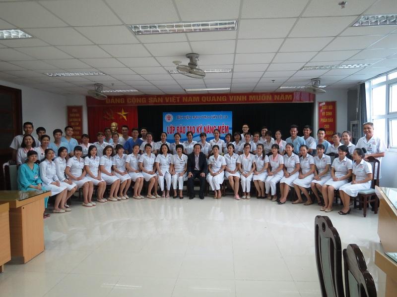 dao tao dieu duong benh vien 108 lop2 13 Đào tạo cho Điều Dưỡng Bệnh Viện Trung Ương Quân Đội 108 lần 2 lớp 02