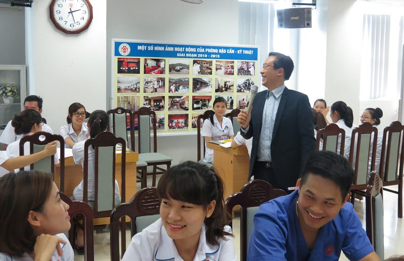dao tao dieu duong benh vien 108 lop2 3 800x516 Đào tạo cho Điều Dưỡng Bệnh Viện Trung Ương Quân Đội 108 lần 2 lớp 02