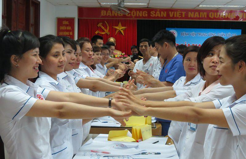 dao tao dieu duong benh vien 108 lop2 6 800x516 Đào tạo cho Điều Dưỡng Bệnh Viện Trung Ương Quân Đội 108 lần 2 lớp 02