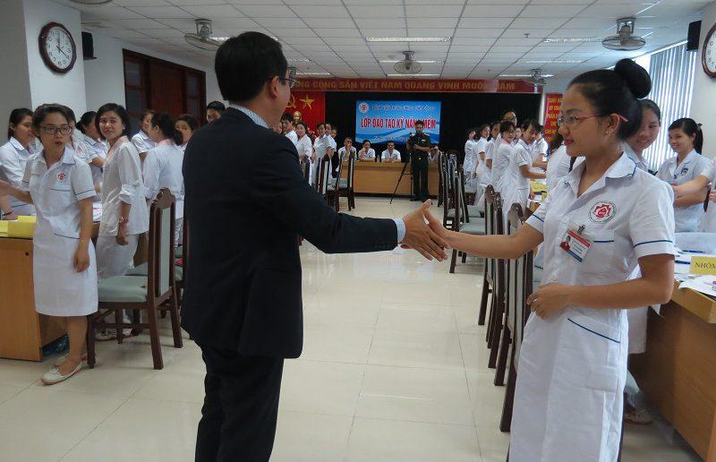 dao tao dieu duong benh vien 108 lop2 8 800x516 Đào tạo cho Điều Dưỡng Bệnh Viện Trung Ương Quân Đội 108 lần 2 lớp 02