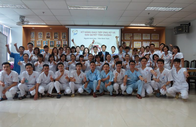 dao tao ky nang giao tiep ung xu benh vien 108  800x516 Đào tạo cho Điều Dưỡng Bệnh Viện Trung Ương Quân Đội 108 lần 2