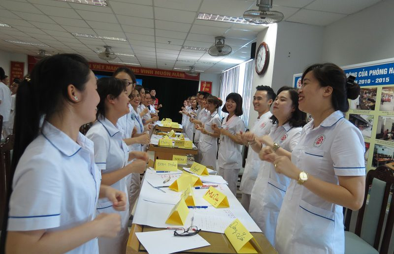 dao tao ky nang giao tiep ung xu benh vien 108 8 800x516 Đào tạo cho Điều Dưỡng Bệnh Viện Trung Ương Quân Đội 108 lần 2