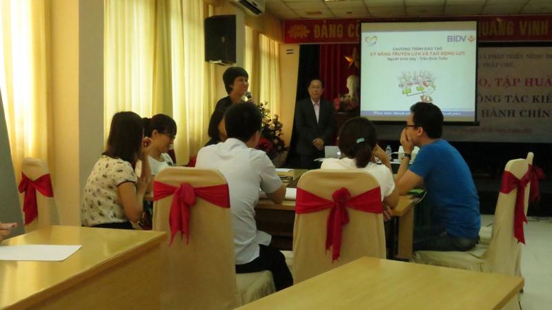 dao tao ngan hang bidv  Đào Tạo Inhouse: Kỹ Năng Tạo Động Lực Và Truyền Lửa Ngân Hàng BIDV