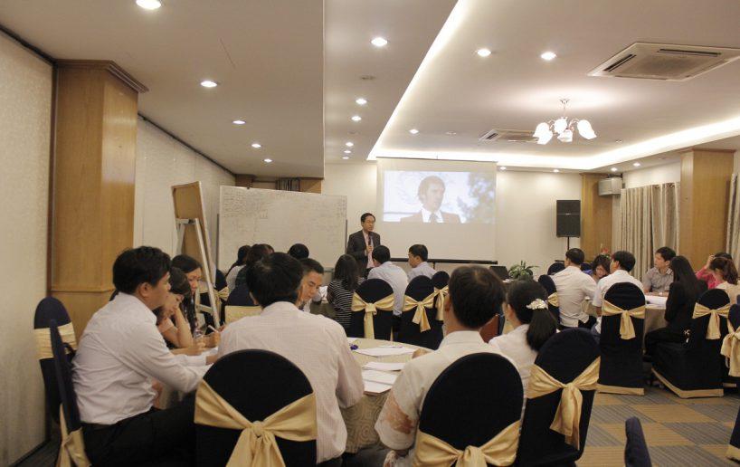 hin anh bidv giang vien 12 818x516 Đào tạo cho BIDV Hồ Chí Minh: Kỹ năng truyền lửa và tạo động lực cho nhân viên