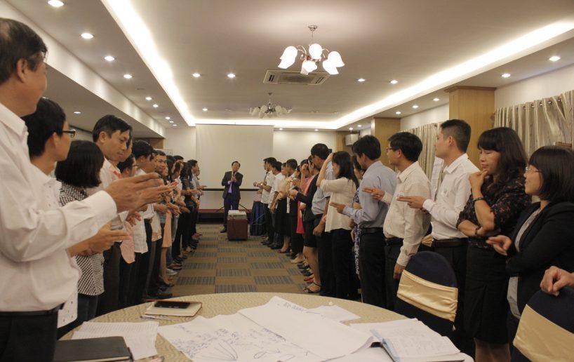 hin anh bidv hoat nao 2 818x516 Đào tạo cho BIDV Hồ Chí Minh: Kỹ năng truyền lửa và tạo động lực cho nhân viên