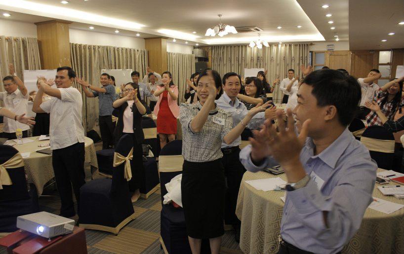 hin anh bidv hoat nao 5 2 818x516 Đào tạo cho BIDV Hồ Chí Minh: Kỹ năng truyền lửa và tạo động lực cho nhân viên