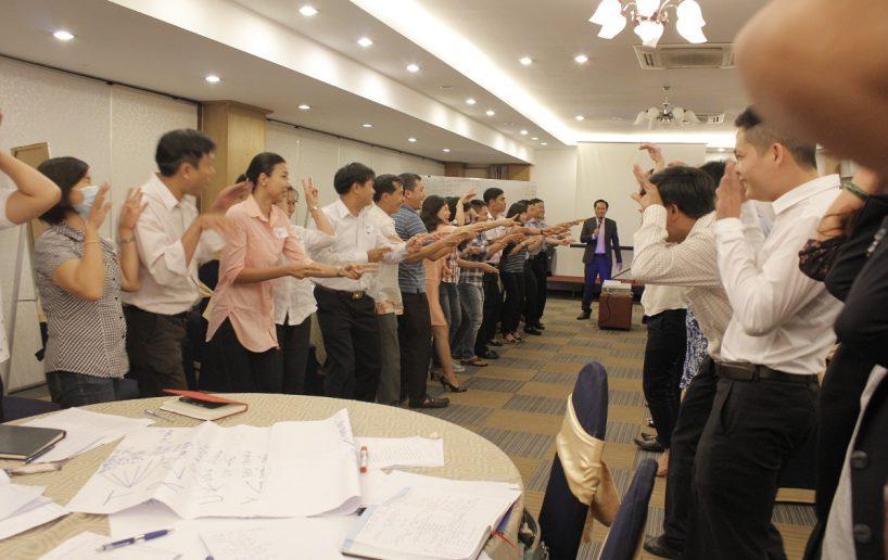 hin anh bidv hoat nao 9 818x516 Đào tạo cho BIDV Hồ Chí Minh: Kỹ năng truyền lửa và tạo động lực cho nhân viên