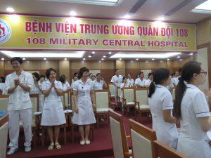 DAO TAO GIAO TIEP UNG XU BENH VIEN 108 lan 711 300x225 Chương trình đào tạo Kỹ Năng Giao Tiếp Và Xử Lý Tình Huống lần thứ 7 cho Bệnh Viên Trung Ương Quân Đội 108