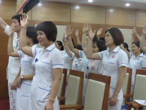 DAO TAO GIAO TIEP UNG XU BENH VIEN 108 lan 76 300x225 Chương trình đào tạo Kỹ Năng Giao Tiếp Và Xử Lý Tình Huống lần thứ 7 cho Bệnh Viên Trung Ương Quân Đội 108