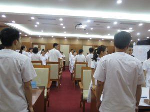 DAO TAO GIAO TIEP UNG XU BENH VIEN 108 lan 77 300x225 Chương trình đào tạo Kỹ Năng Giao Tiếp Và Xử Lý Tình Huống lần thứ 7 cho Bệnh Viên Trung Ương Quân Đội 108