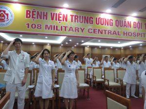 DAO TAO GIAO TIEP UNG XU BENH VIEN 108 lan 79 300x225 Chương trình đào tạo Kỹ Năng Giao Tiếp Và Xử Lý Tình Huống lần thứ 7 cho Bệnh Viên Trung Ương Quân Đội 108