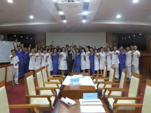 DAO TAO GIAO TIEP UNG XU BENH VIEN 10811 300x225 Chương trình đào tạo Kỹ Năng Giao Tiếp Và Xử Lý Tình Huống lần thứ 5 cho Bệnh Viên Trung Ương Quân Đội 108