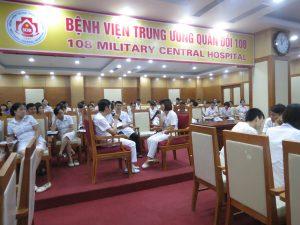 DAO TAO GIAO TIEP UNG XU BENH VIEN 1089 300x225 Chương trình đào tạo Kỹ Năng Giao Tiếp Và Xử Lý Tình Huống lần thứ 5 cho Bệnh Viên Trung Ương Quân Đội 108
