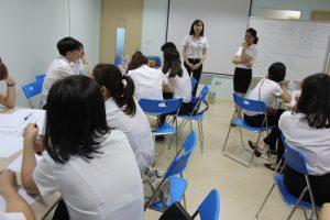 dao tao TNG10 300x200 Chương trình đào tạo Kỹ Năng Giao Tiếp Bán Hàng cho Tập đoàn TNG
