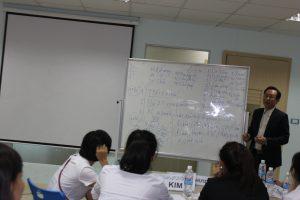 dao tao TNG11 300x200 Chương trình đào tạo Kỹ Năng Giao Tiếp Bán Hàng cho Tập đoàn TNG